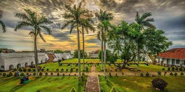 Tempat Wisata Bengkulu.jpg
